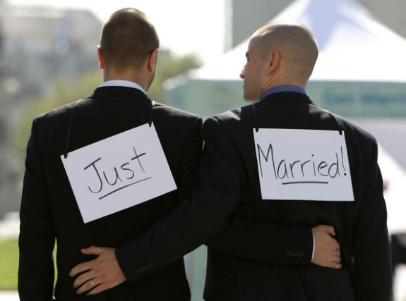 Gay Marriage Post thumbnail of Tom & Alan – Gay Military Pass