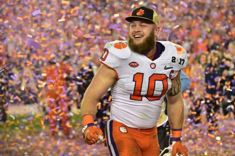 Clemson beats Alabama for the National Championship