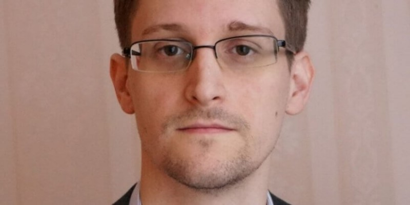 Russia may give Edward Snowden to Donald Trump - Bent Corner