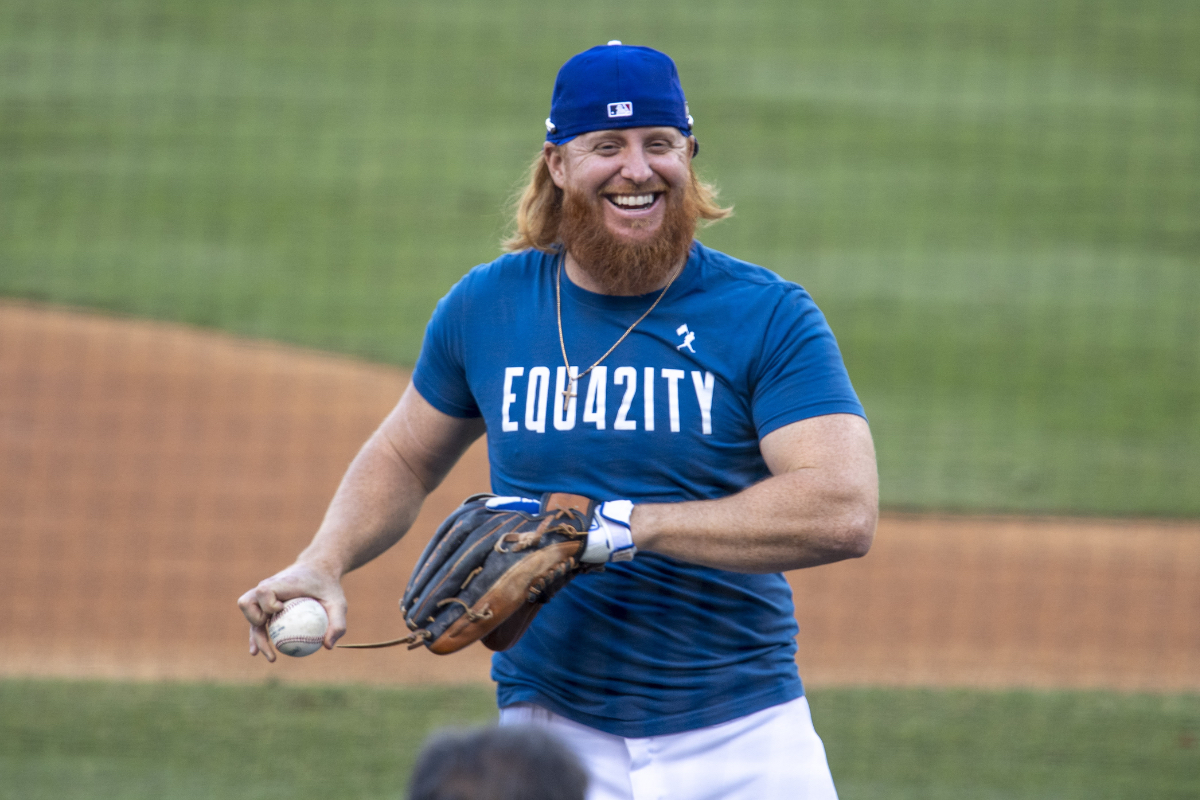 Justin Turner is still whining about the 2020 World Series
